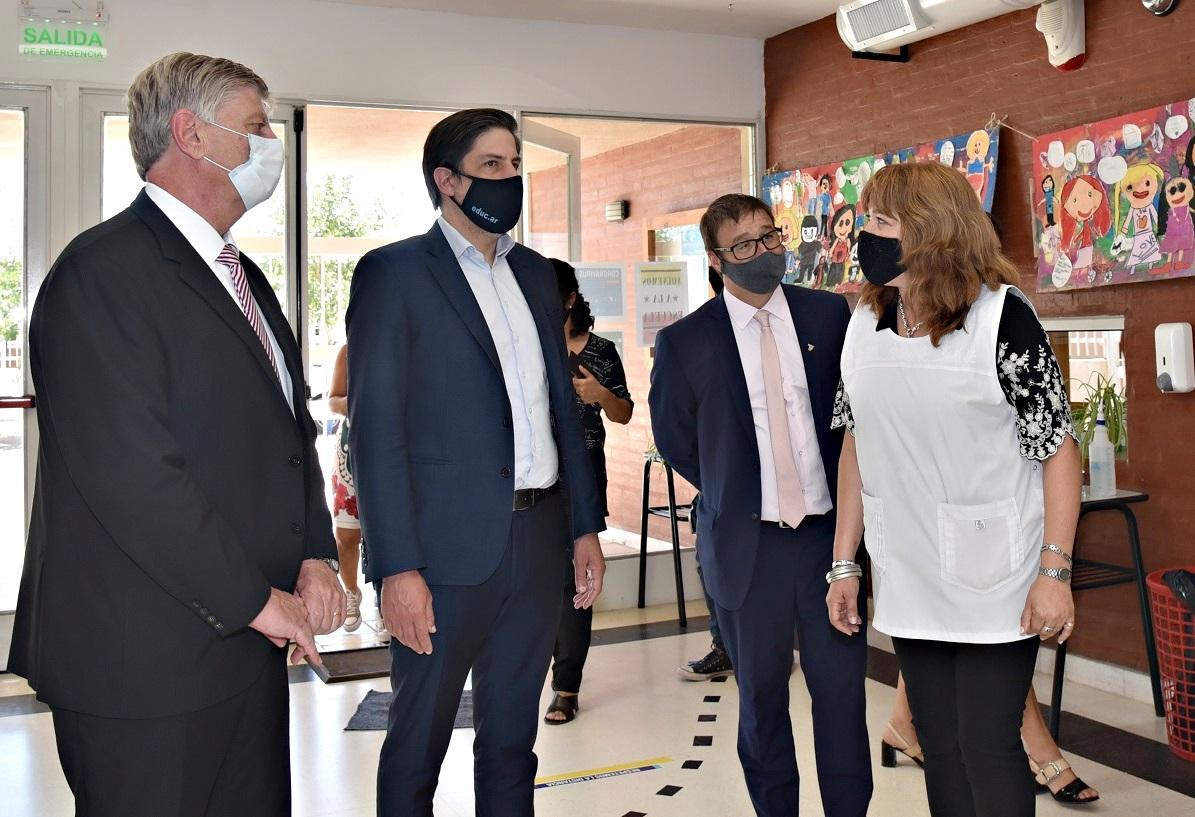 Los jardines de infantes de las escuelas N° 111, 26 y 57 de General Pico forman parte de las obras que el ministro Trotta anunció por casi $1.000 millones para La Pampa