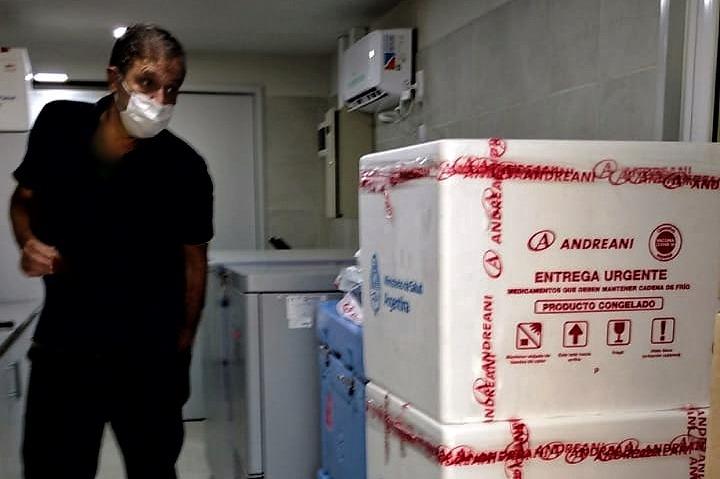 Hoy llegaron a La Pampa 3.150 nuevas dosis de la Sputnik V para vacunar a personas mayores de 80 años