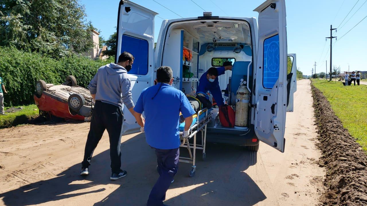 Parte médico de los jóvenes accidentados en calle 500: Dos están en terapia intensiva y otro fue trasladado a Santa Rosa