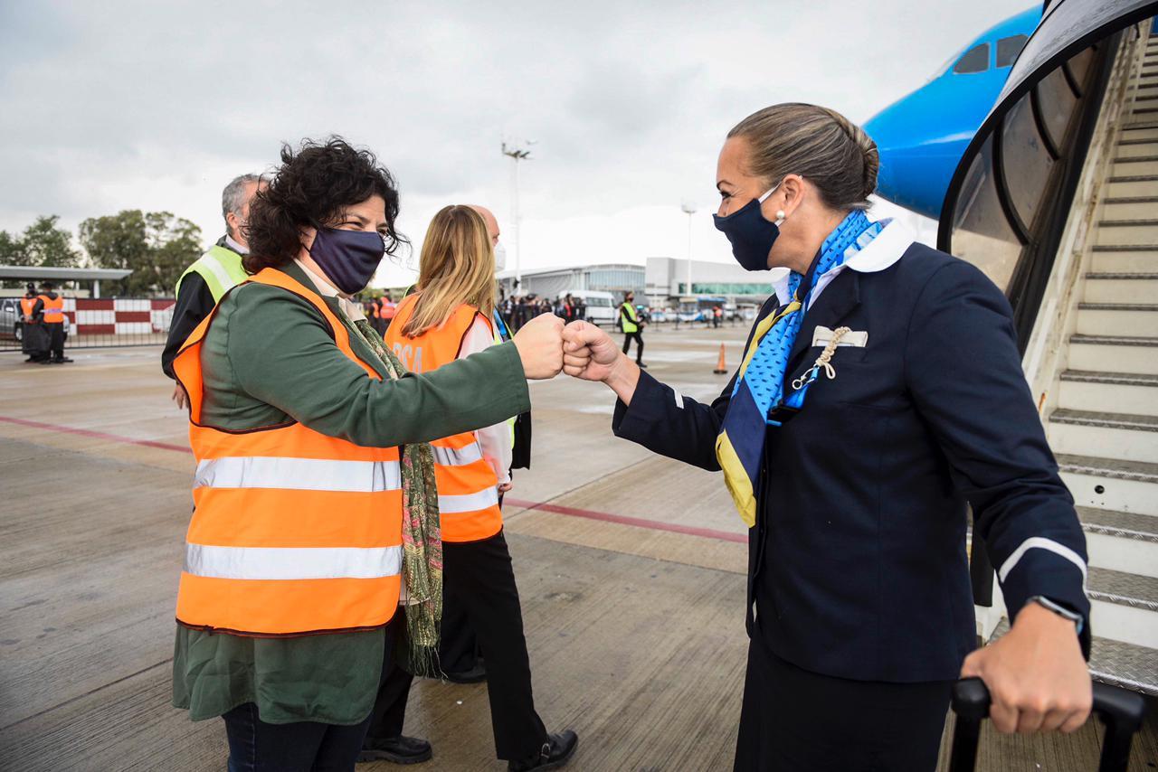 Coronavirus: Arribó otro avión de Aerolíneas Argentinas con 370.000 dosis del componente 1 de la vacuna Sputnik V