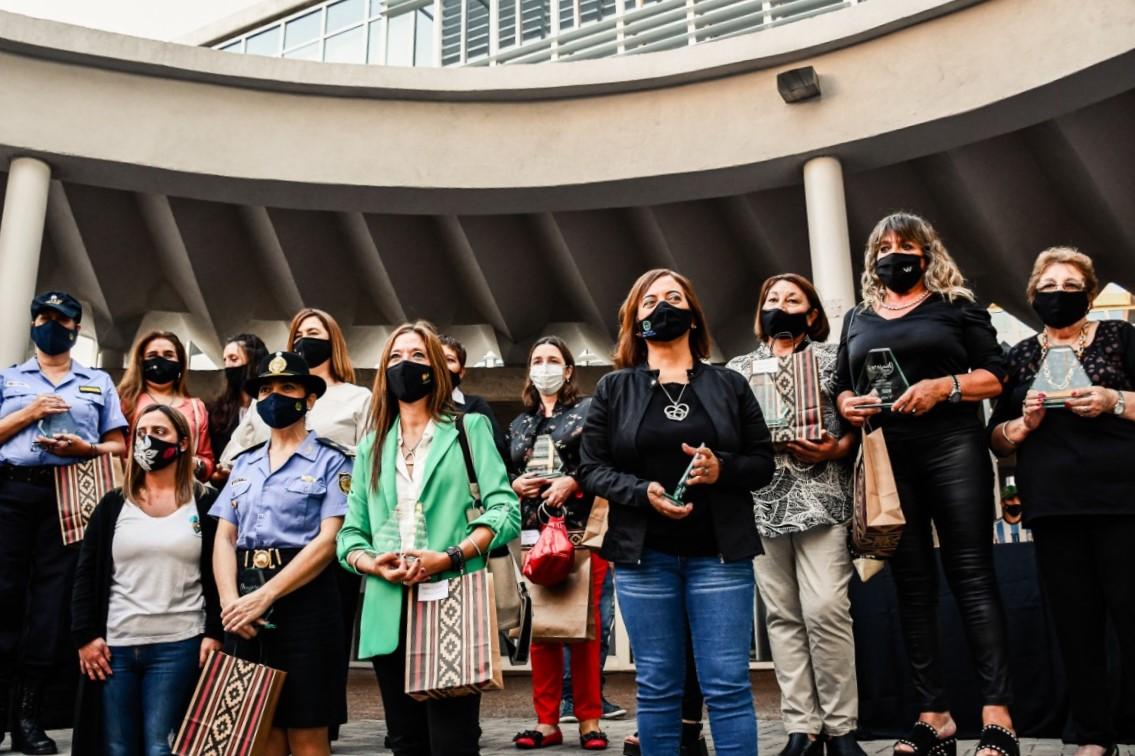 En el día de hoy se llevó a cabo el reconocimiento a 15 Mujeres Esenciales de la ciudad de General Pico