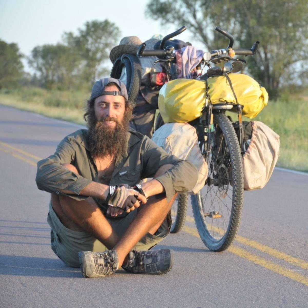 """Conocé la historia del """"crotamundo"""" radicado en La Pampa que hizo 11.700 km desde Nicaragua hasta Santa Rosa en bicicleta"""