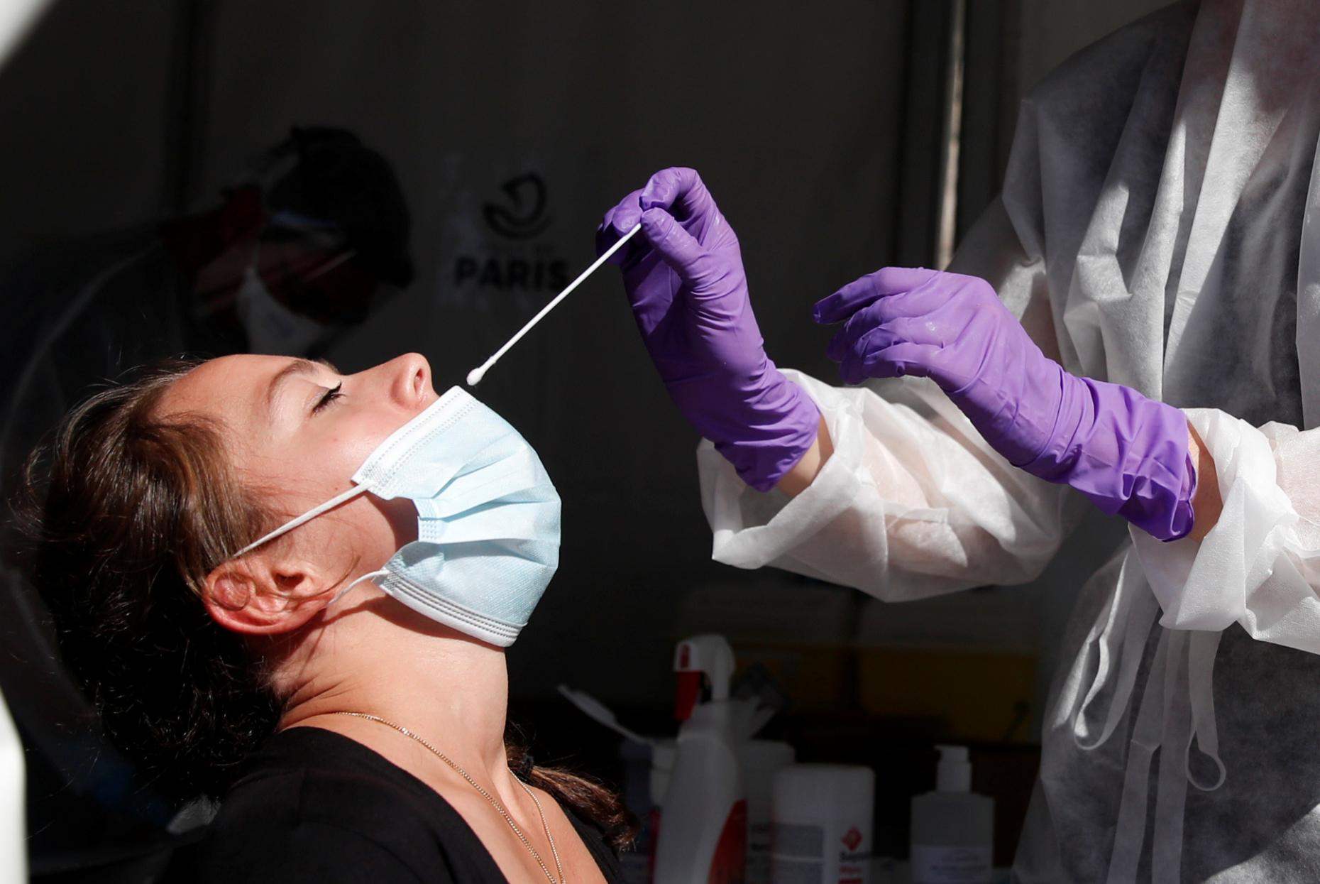 Hoy en La Pampa se detectaron 254 nuevos casos de COVID-19 y hay 10.996 personas aisladas