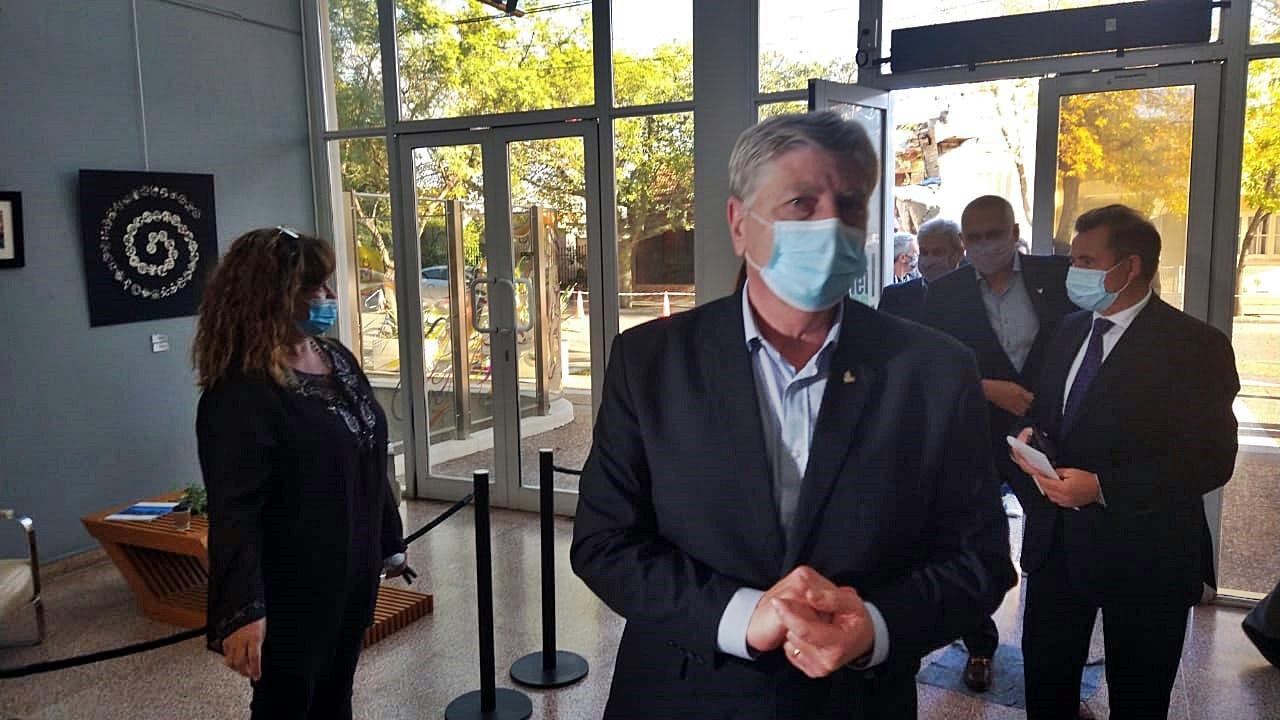 El gobernador Sergio Ziliotto llegó a General Pico donde se llevará a cabo el proceso de licitación de 120 viviendas