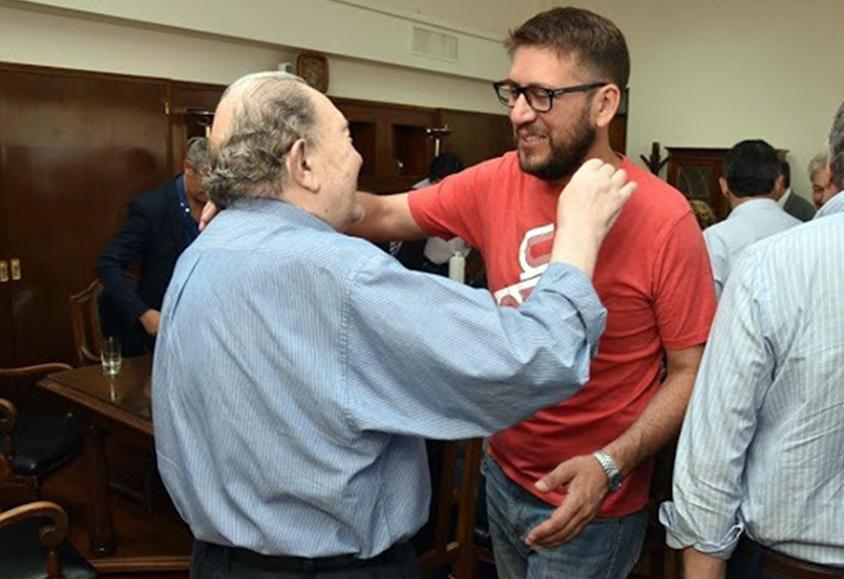 Pérez Araujo fue designado presidente de la comisión de Asuntos Constitucionales de la Cámara de Diputados y recibió la felicitación de Carlos Verna