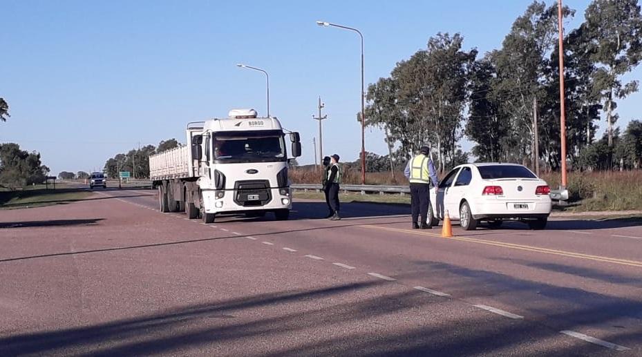 La Policía intensifica controles en rutas provinciales Nº 7 y Nº 102