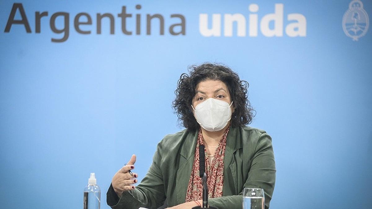 """Carla Vizzotti: """"La semana que viene estarán llegando 300 litros más del componente 2 de la Sputnik"""""""