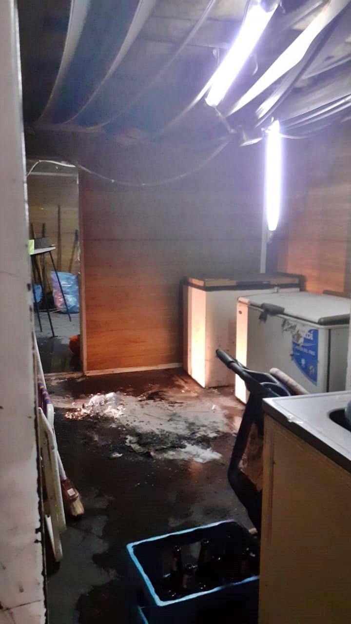 El incendio en el  contenedor del club Deportivo Federal habría sido intencional