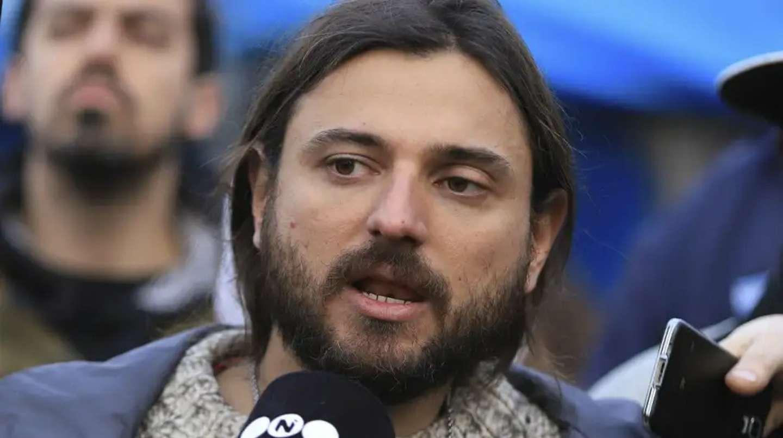 Retuvieron a Juan Grabois y le impidieron el ingreso al país — Colombia