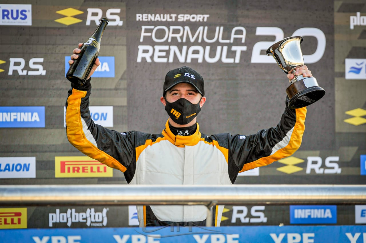 El piquense Nicolás Suárez logró el podio de la Fórmula 2.0 en San Nicolás