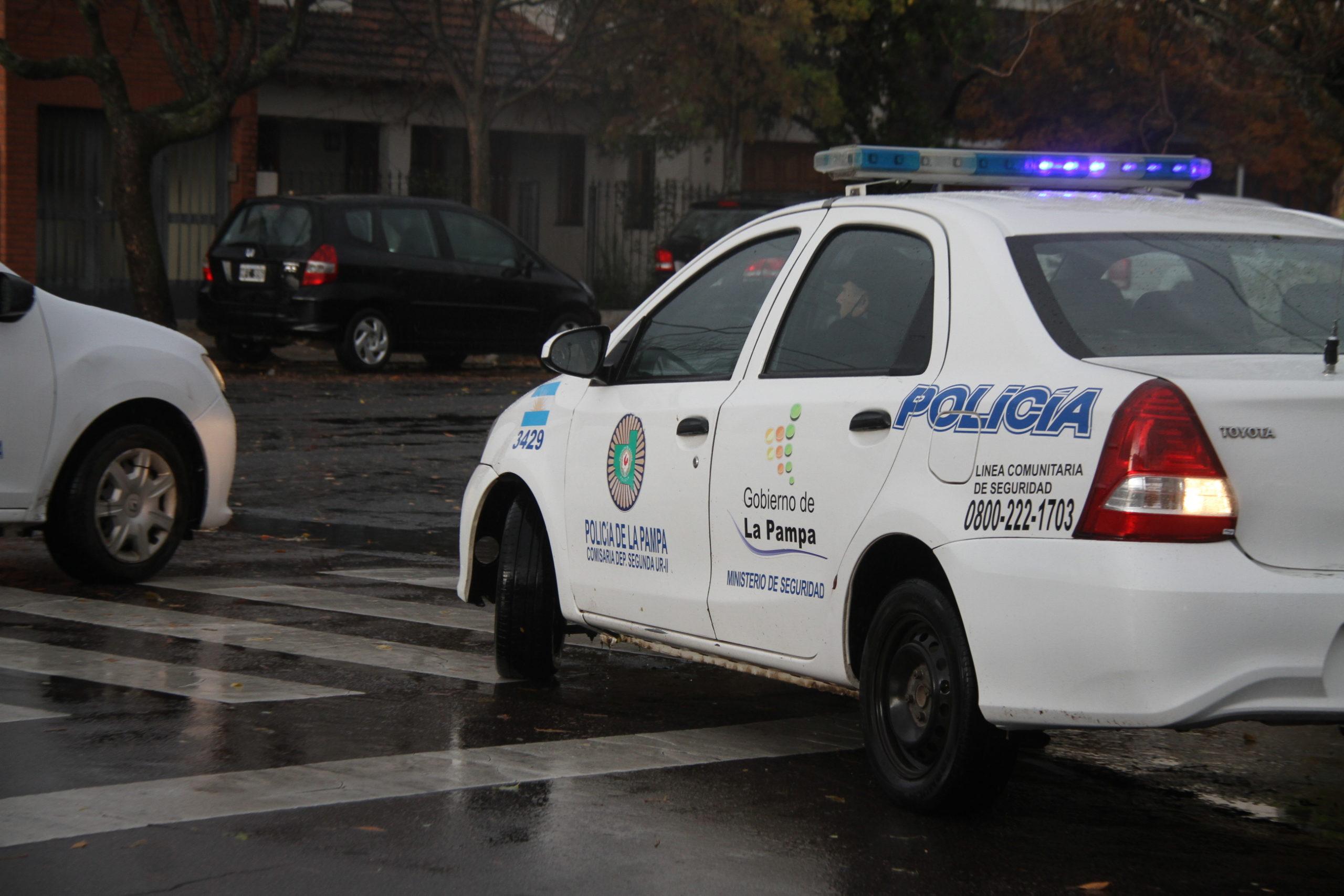 Continúan los controles por las nuevas restricciones: Notificaron a 32 personas y retuvieron 5 vehículos en General Pico
