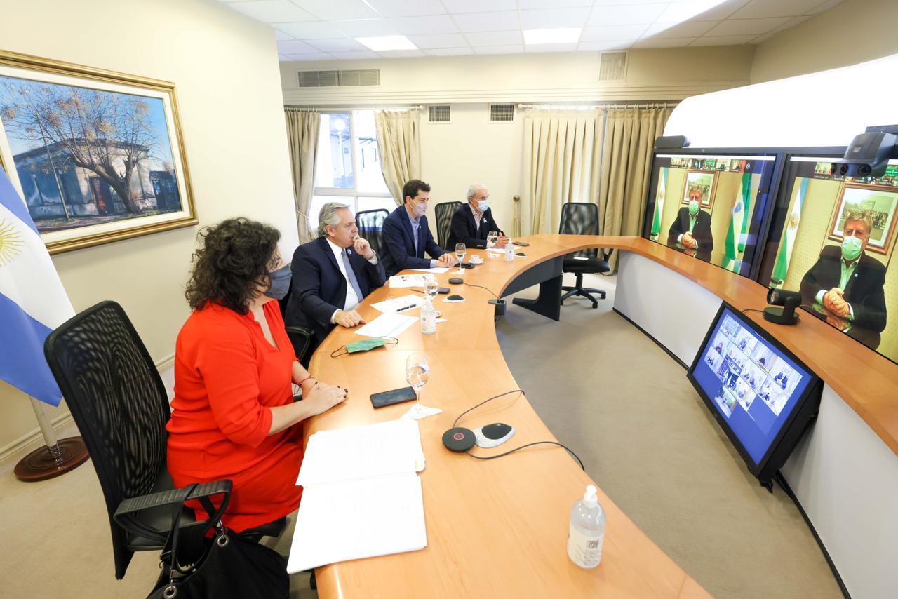 Coronavirus: el Presidente está reunido con Ziliotto, otros 10 gobernadores y el jefe de Gobierno porteño por el aumento de casos de covid-19