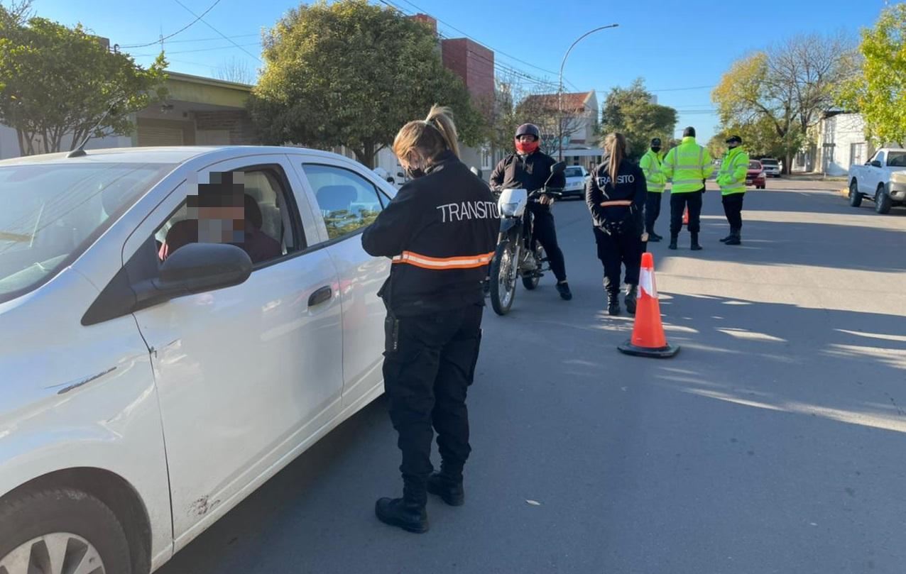Continúan los operativos de tránsito en General Pico: Se labraron 375 infracciones, hubo 5 retenciones y unas 289 fotomultas