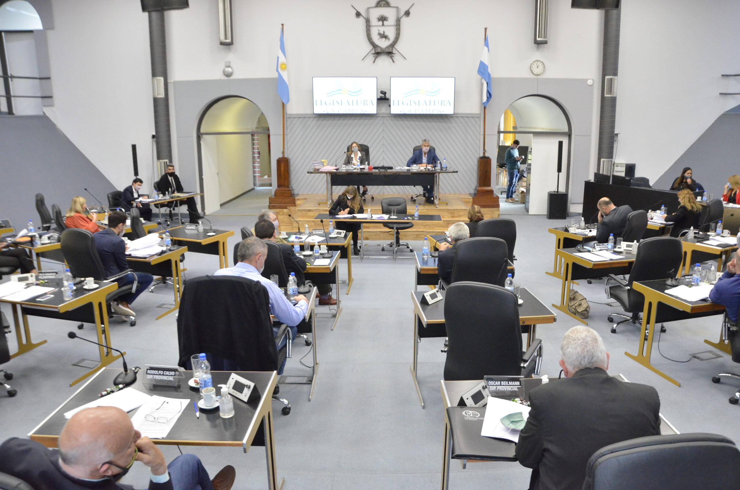 Diputados: Aprobaron los protocolos para sesionar de manera mixta hasta el 30 de noviembre