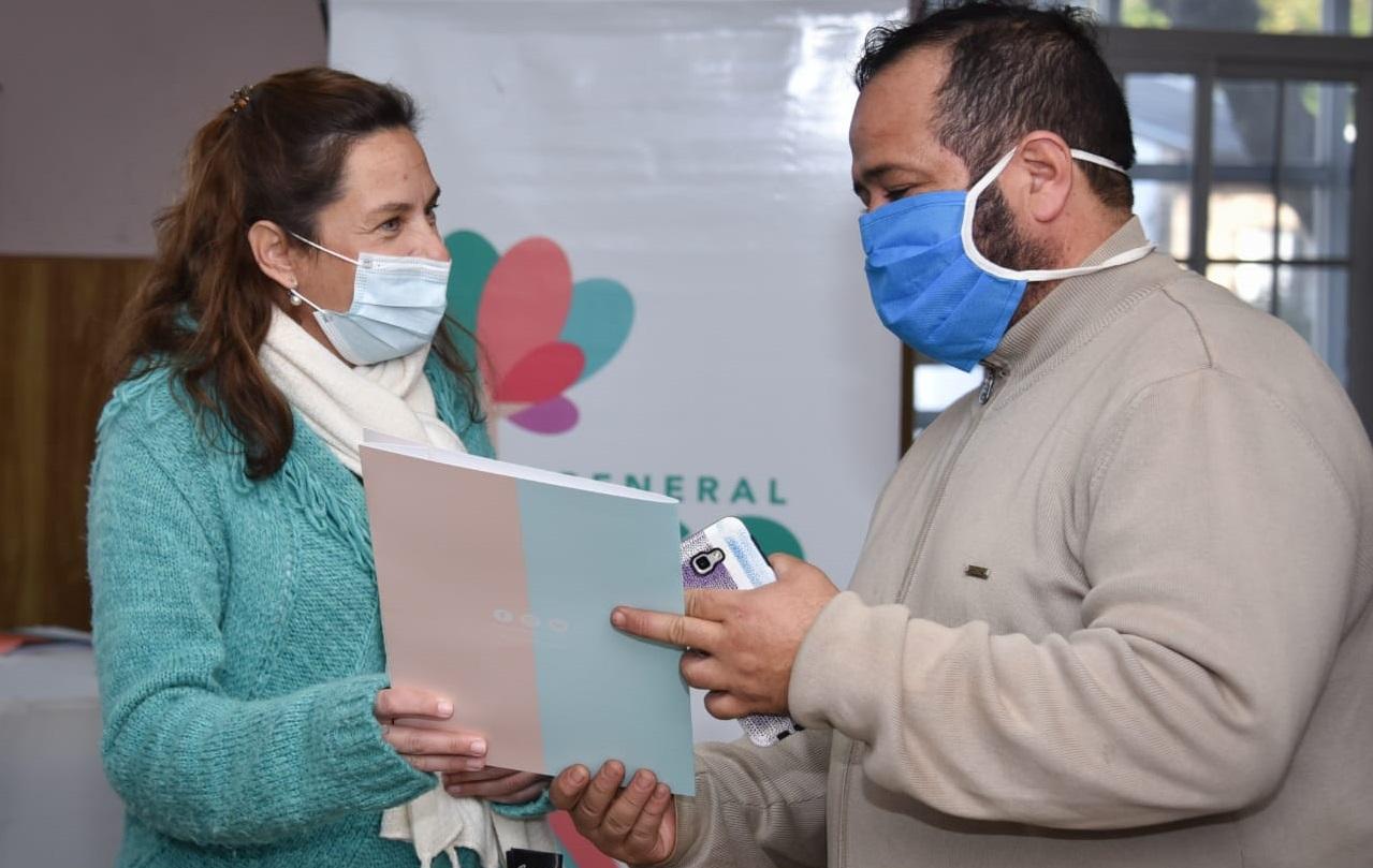 Entregaron microcréditos por un monto de $ 2.790.000 de pesos en General Pico