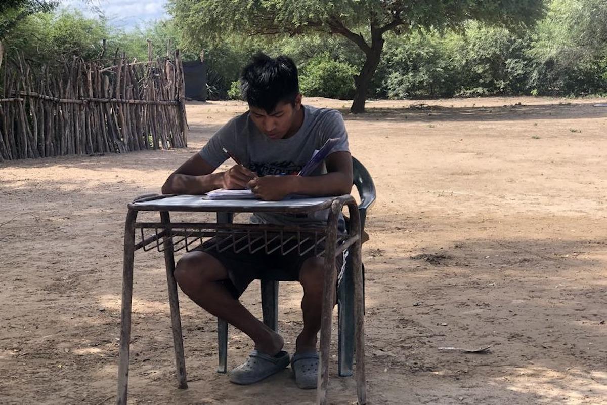 Kevin a la universidad: recibió un celular, una computadora y se armó un fondo de becas