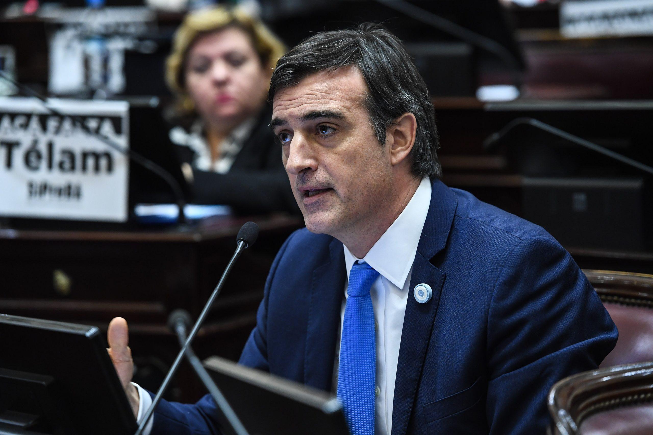 Esteban Bullrich rechazó el aumento del 40% en la dieta de los senadores y lo donará a la lucha contra la ELA
