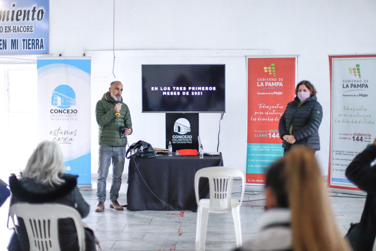Dictaron charla de abordaje sobre violencia de género para organizaciones sociales
