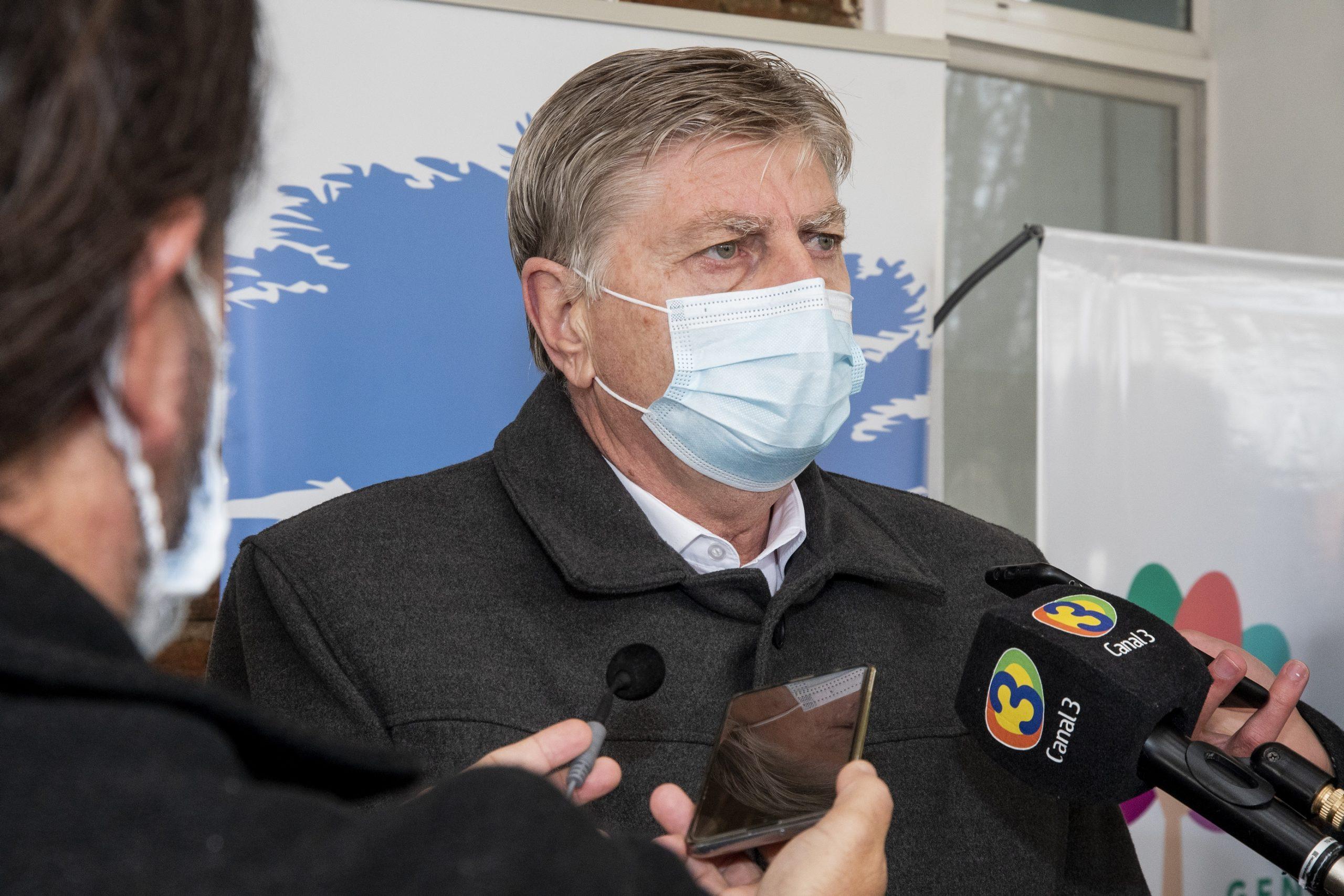 """""""Si se cumplieran los protocolos, tendríamos la mitad de contagios que tenemos en la actualidad"""" afirmó el gobernador Sergio Ziliotto"""