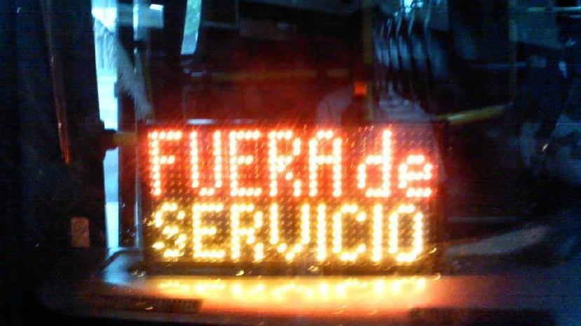 La UTA llamó a los trabajadores pampeanos a la «retención total de tareas» hasta que las empresas paguen los salarios adeudados