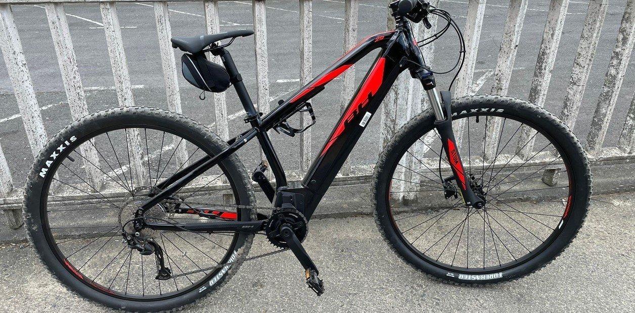 Sólo en Japón: dejó su bicicleta pinchada en un parque y, en lugar de robársela, se la arreglaron