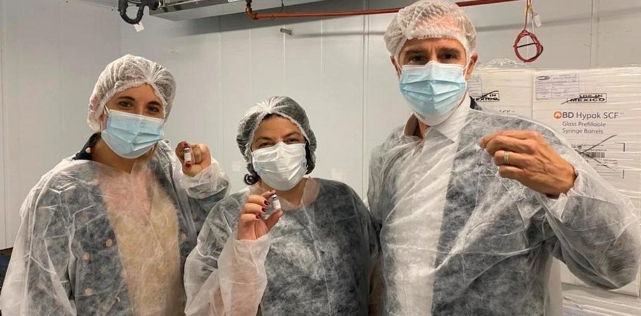 Comienzan a envasar la vacuna Sputnik V en el país: cuándo estarían disponibles las primeras dosis