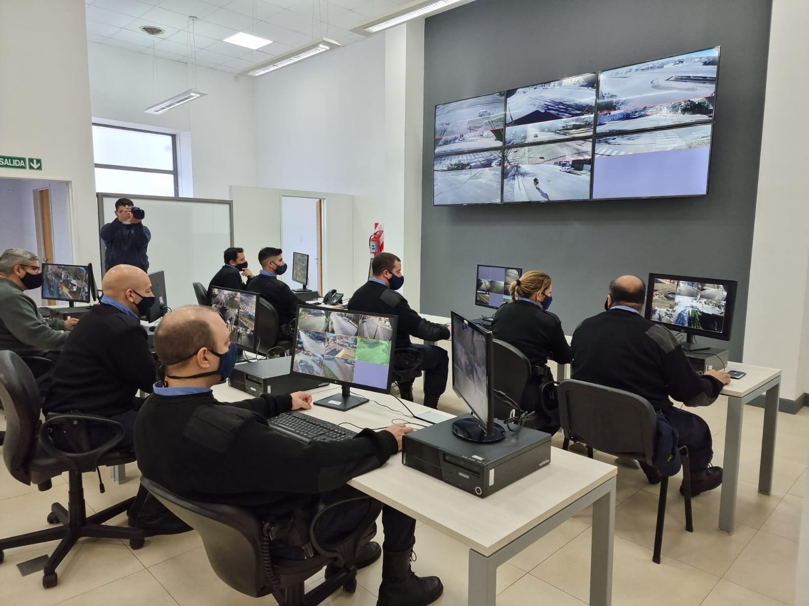 """Nueva sede del CeCOM: """"Nos da la posibilidad de que el personal este más cómodo y tenga un mejor lugar"""" afirmó el Jefe de la Unidad Regional II"""