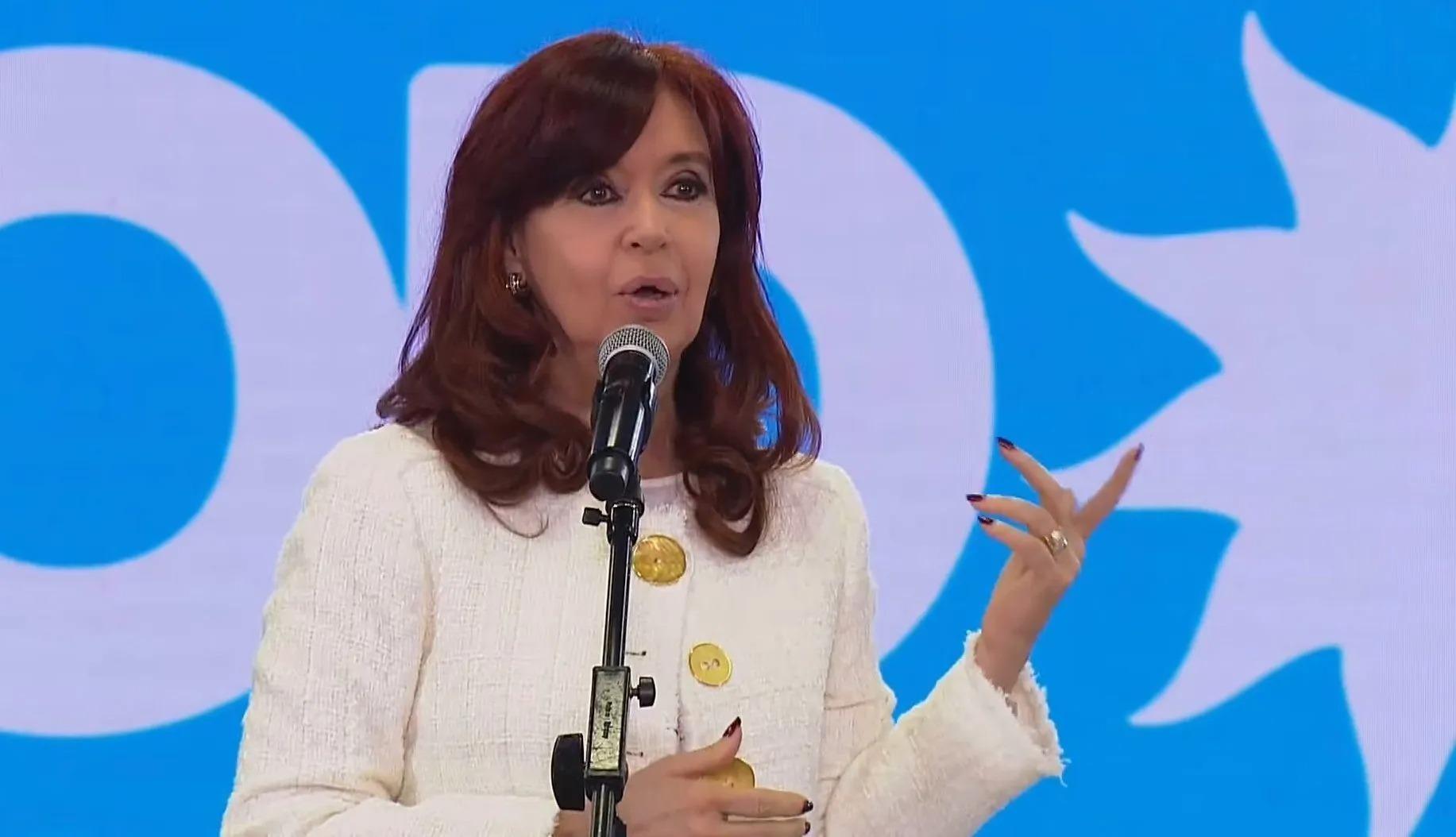 """Habló Cristina Kirchner tras la crisis institucional: """"siempre remarqué la falta de efectividad en distintas áreas de gobierno"""""""