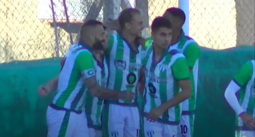 El piquense Federico Vasilchick volvió a convertir en la derrota de Estudiantes de San Luis frente al puntero Deportivo Madryn