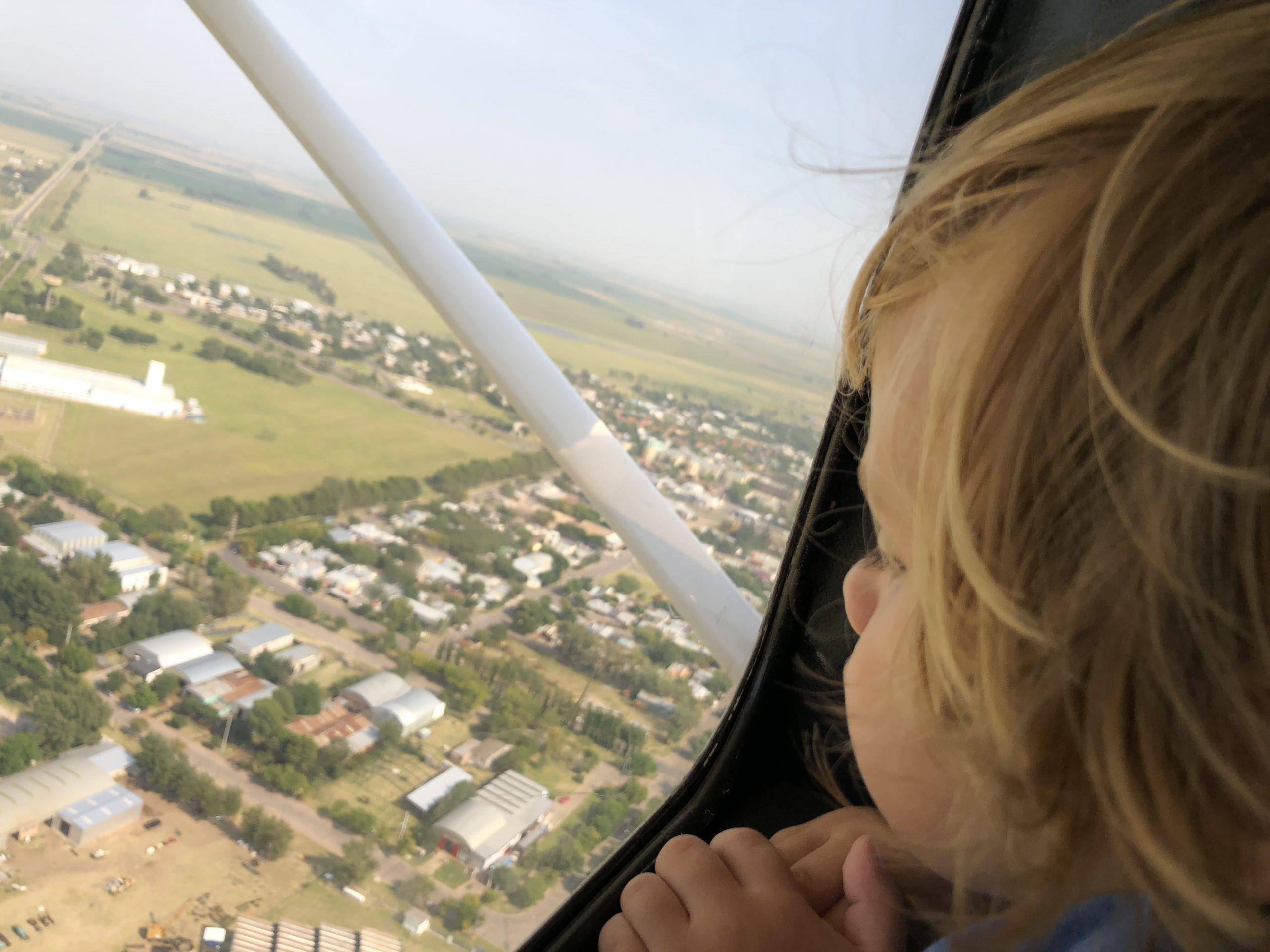 El Aero Club presentará un espectáculo aéreo para disfrutar desde casa y realizará vuelos de bautismo