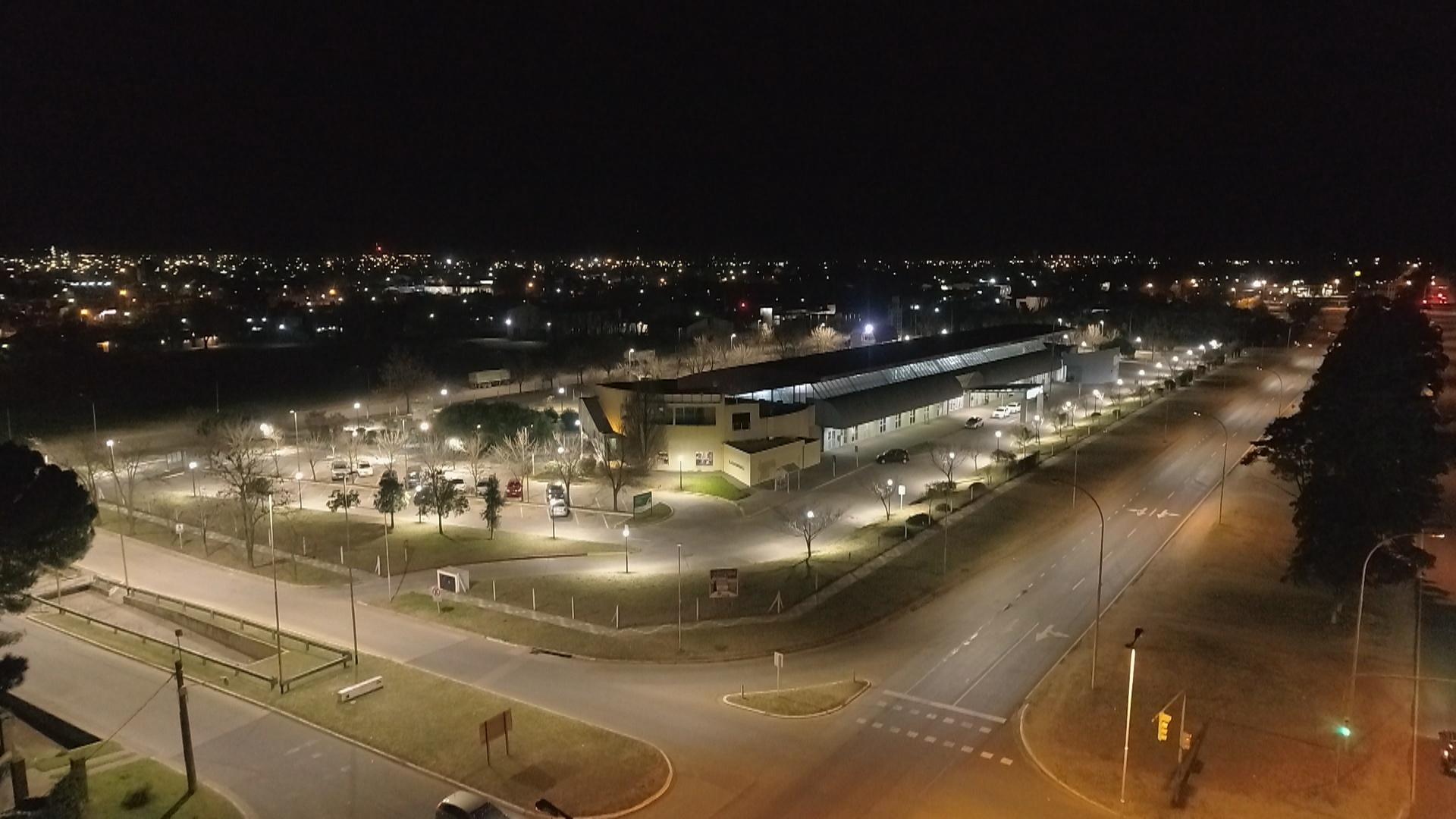 Ya esta a punto de finalizar la colocación de luminarias LED en General Pico