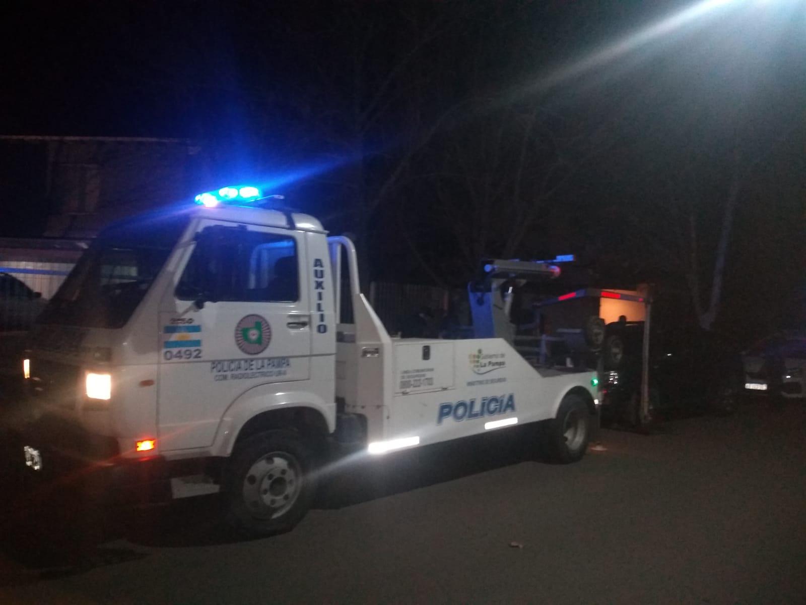 La Policía desbarató dos fiestas clandestinas, notificó a 47 personas y secuestró tres vehículos