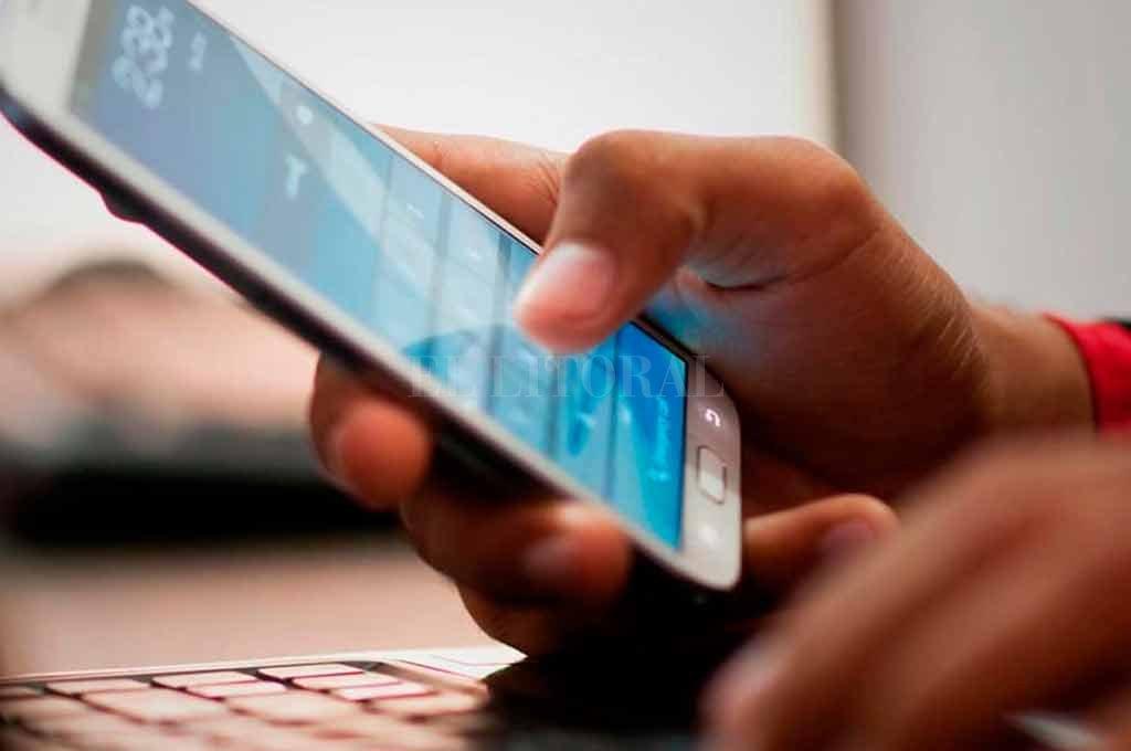 Evalúan la pronta incorporación de telefonía móvil en dos localidades pampeanas