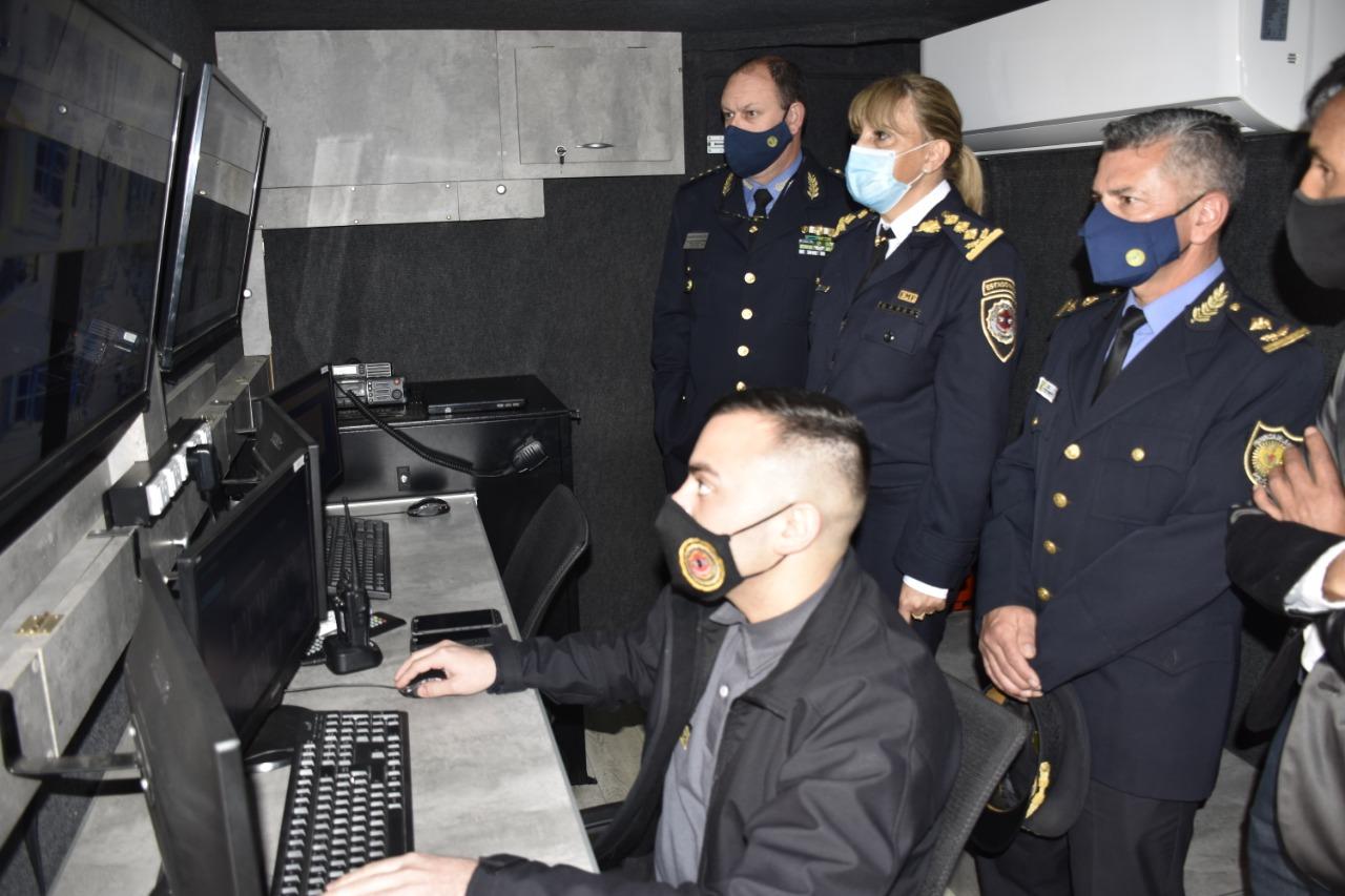 La Policía de La Pampa participó de una importante capacitación en Córdoba sobre un nuevo sistema de identificación biométrica