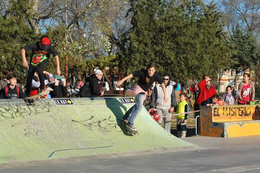 Hoy a partir de las 14:00 hs se llevará a cabo  el Festival de Skate y Freestyle por el día del estudiante en General Pico