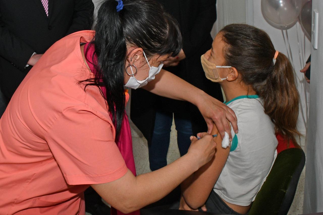 La Pampa vacunó hoy a 5.676 niños y niñas de los 14.119 inscriptos; 4.054 se inscribieron hoy